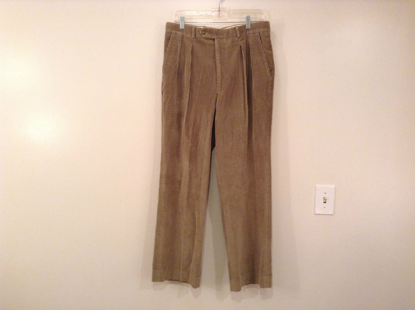 Light Brown 100 Percent Cotton L L Bean Pleated Front Casual Pants Size 34