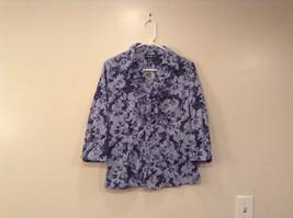 Light Dark Blue Floral Pattern Button Front V Neck Blouse Apt 9 Size Medium