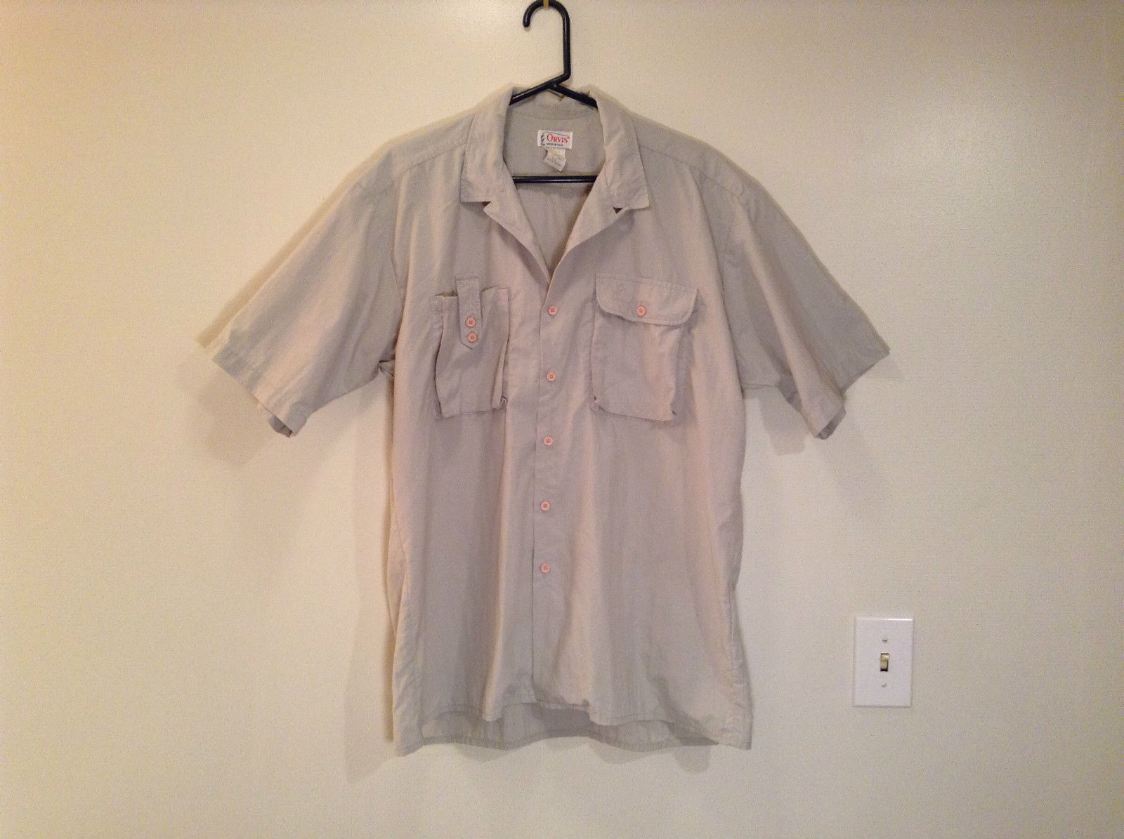 Light Gray Short Sleeve Orvis 100 Percent Nylon Button Up Shirt Size Large