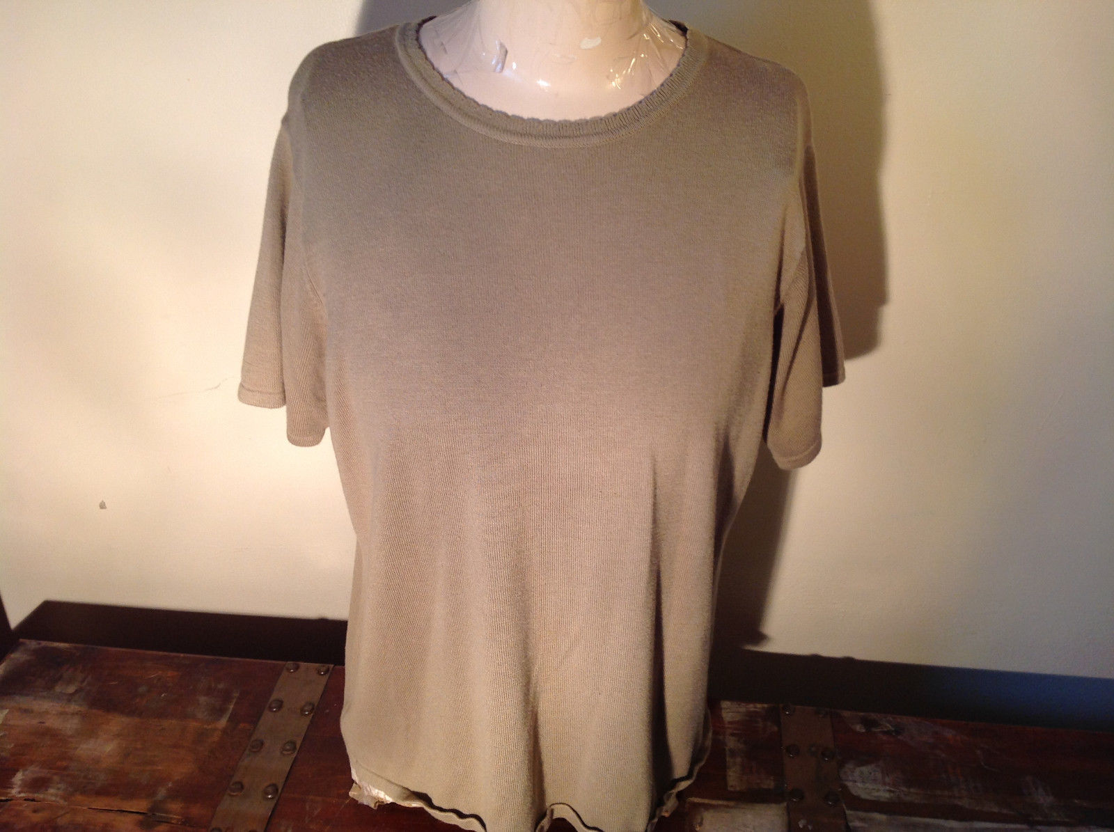 Light Green Short Sleeve Susan Graver Soft Stretchy Top Size Large