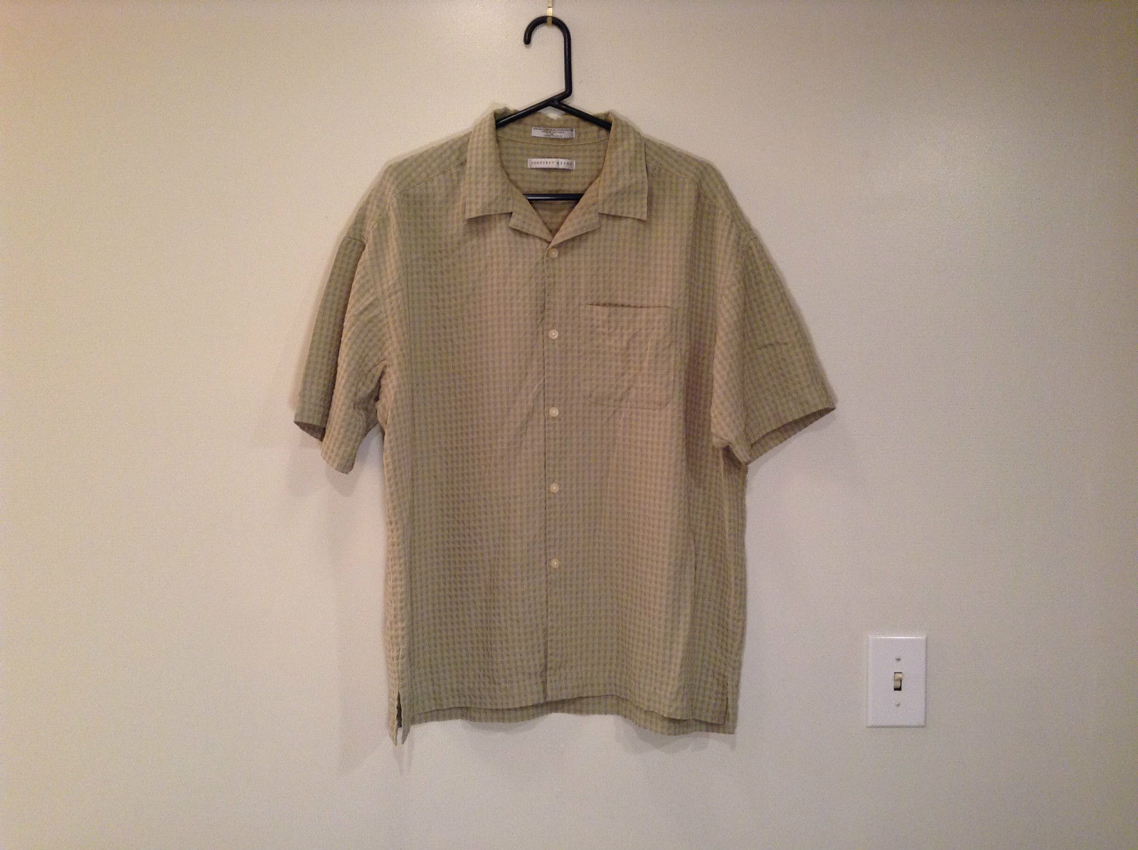 Light Olive Green Plaid Short Sleeve Button Up Shirt Geoffrey Beene Size XL