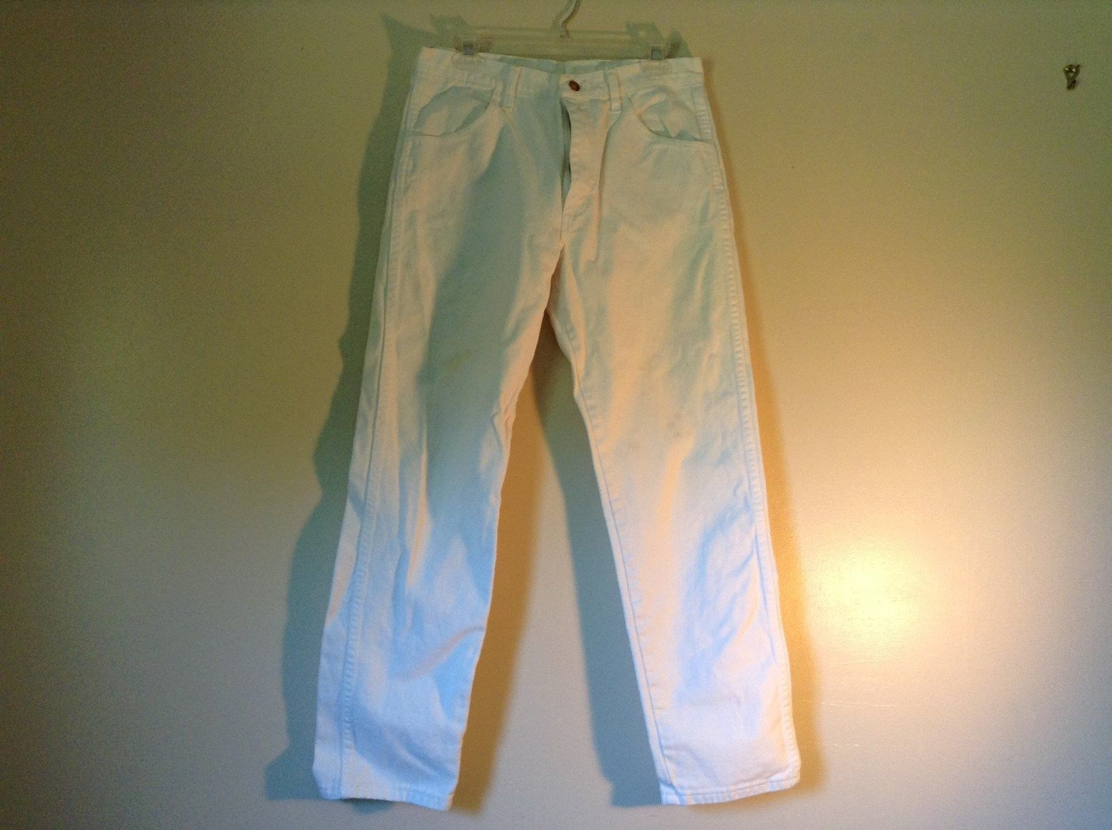 Nice White Rustler Denim Jeans Front and Back Pockets Size 32 by 32