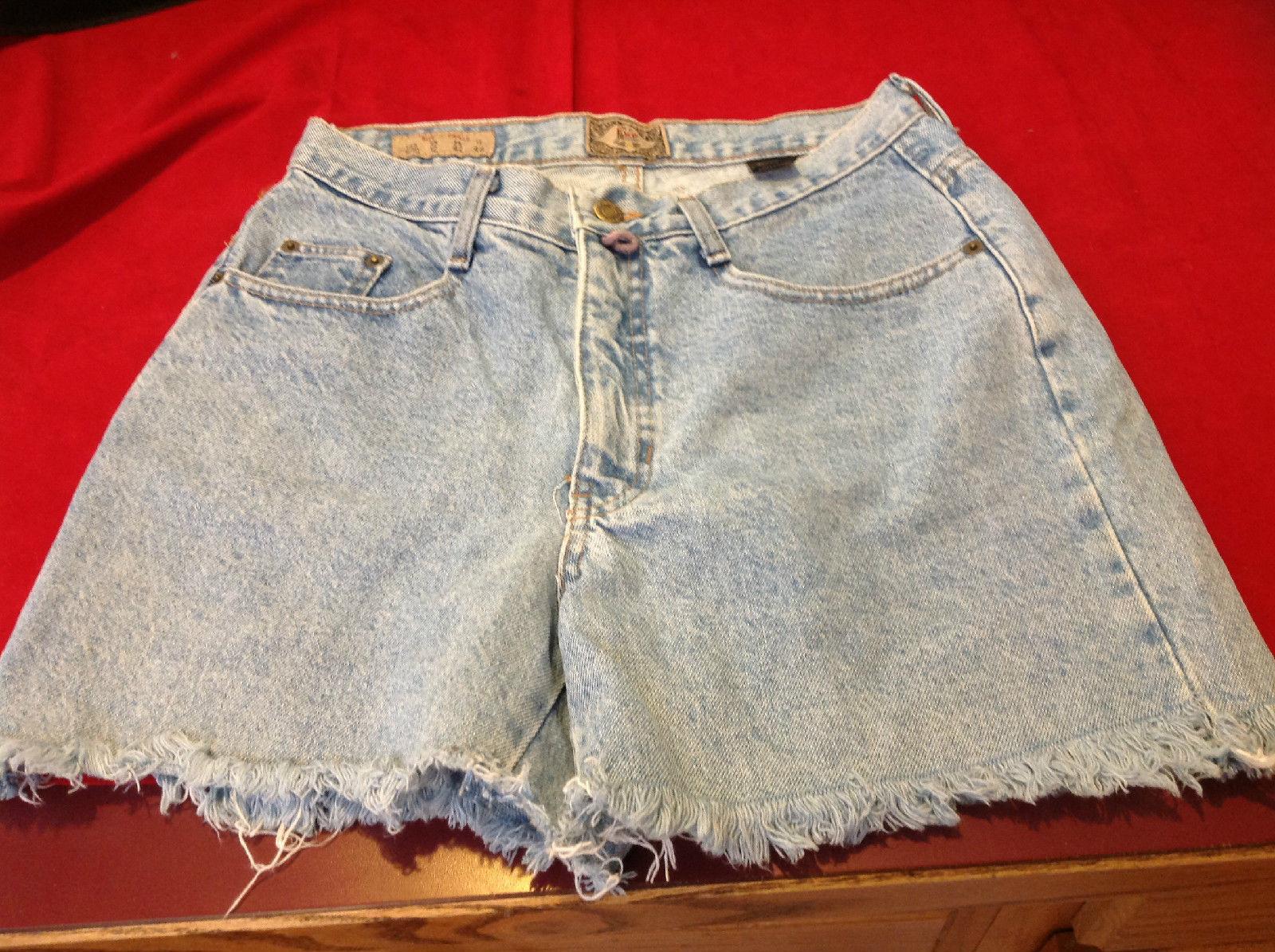 No.4 EXP Washed Denim Cutoff Jean Shorts Size 9/10