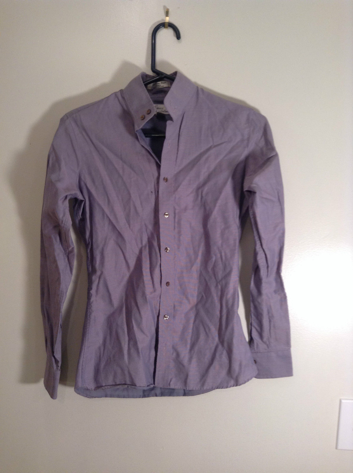 Light Violet Button Up Front Essex Signature Collection Cotton Blouse Size 30