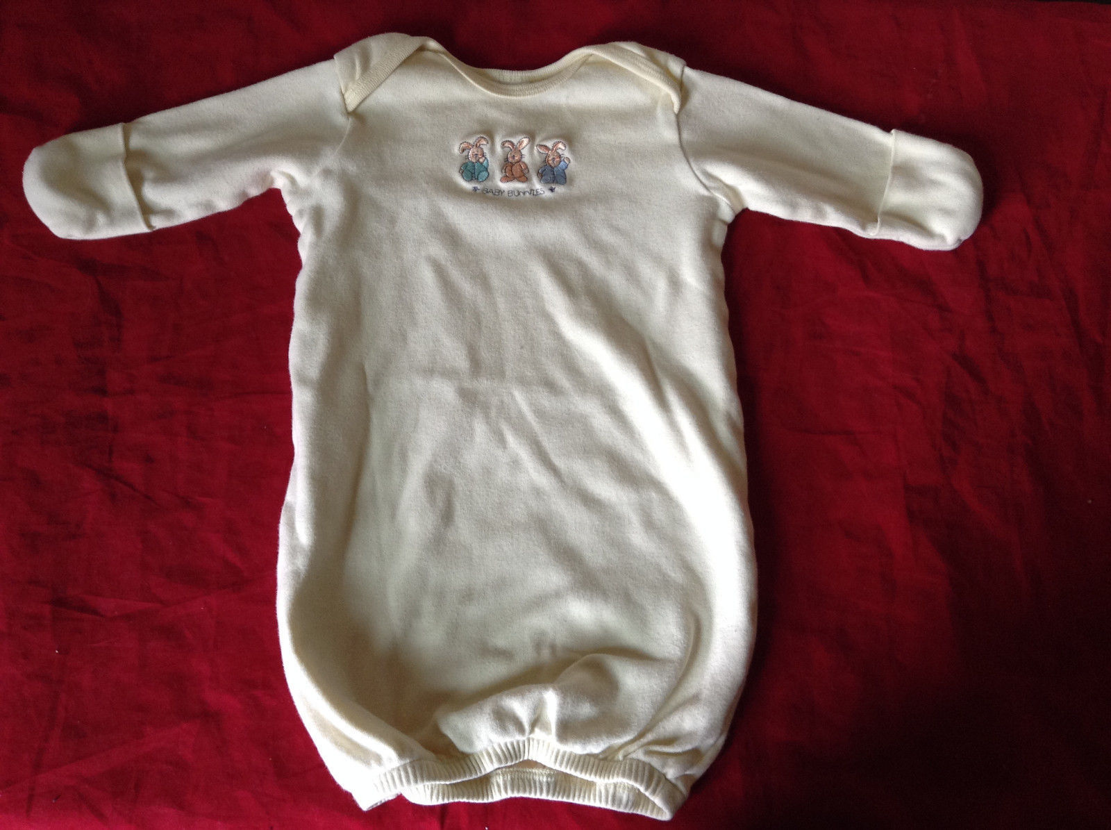 Light Yellow with Baby Bunnies on Front Newborn One piece Size 0 to 3 Months