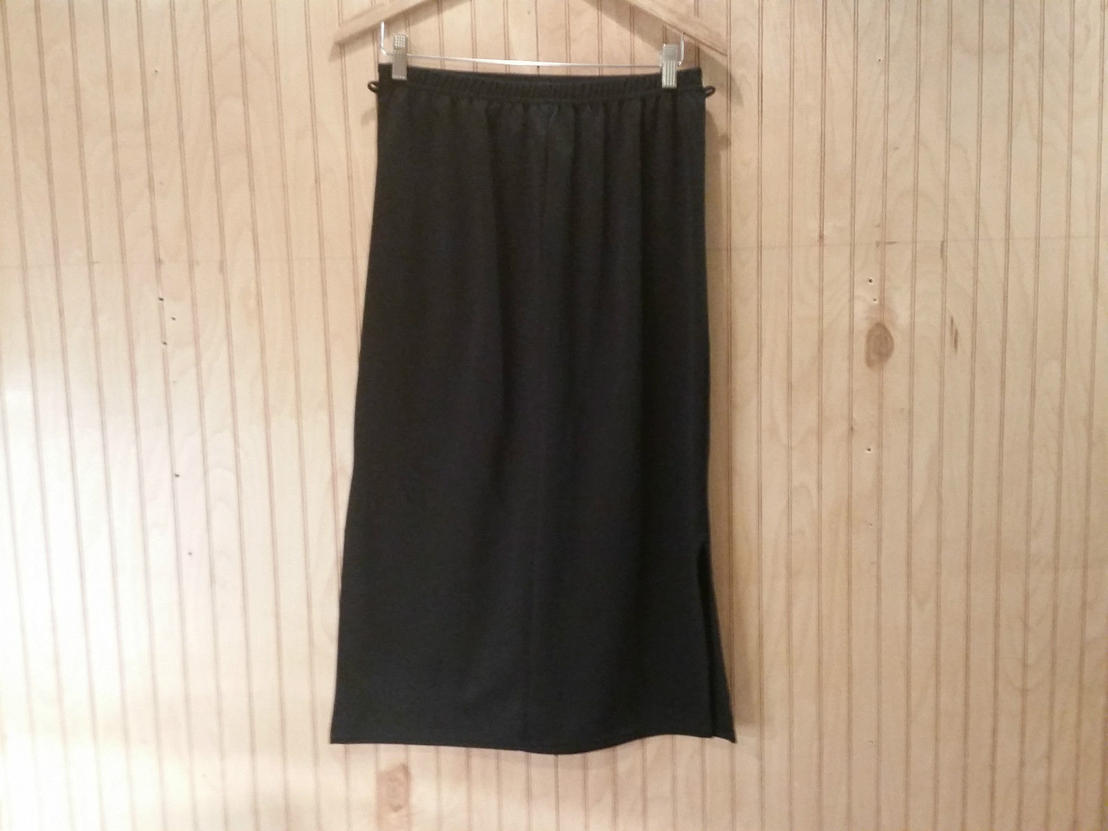 Long Black Polyester Skirt Size 16 XL Amy Byer Great Condition Slits on Sides