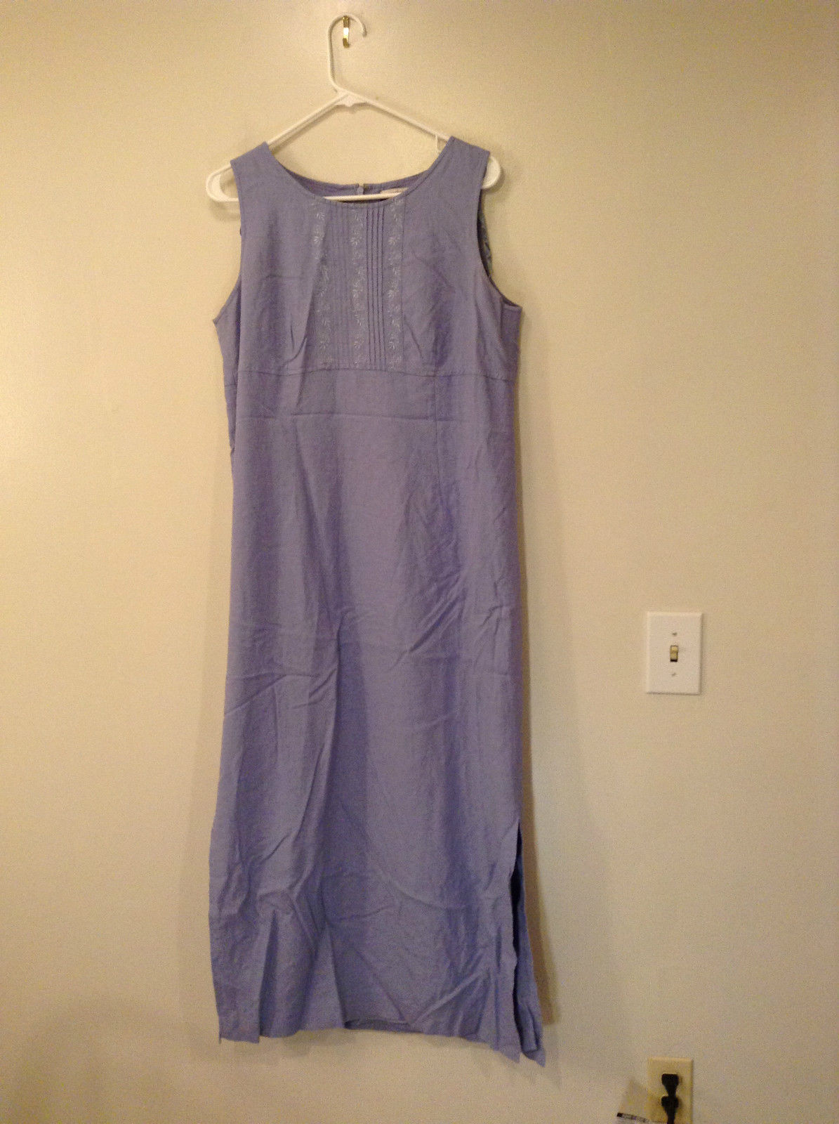 Long Blue Sleeveless Dress Amanda Smith Size 14 Fully Lined Embroidery on Front