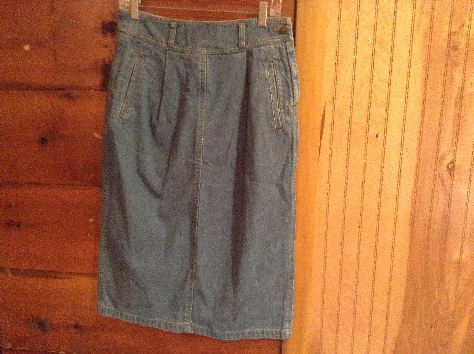 Liz Wear Petite Jean Skirt 100 Percent Cotton Three Pockets Side Zipper Size 12