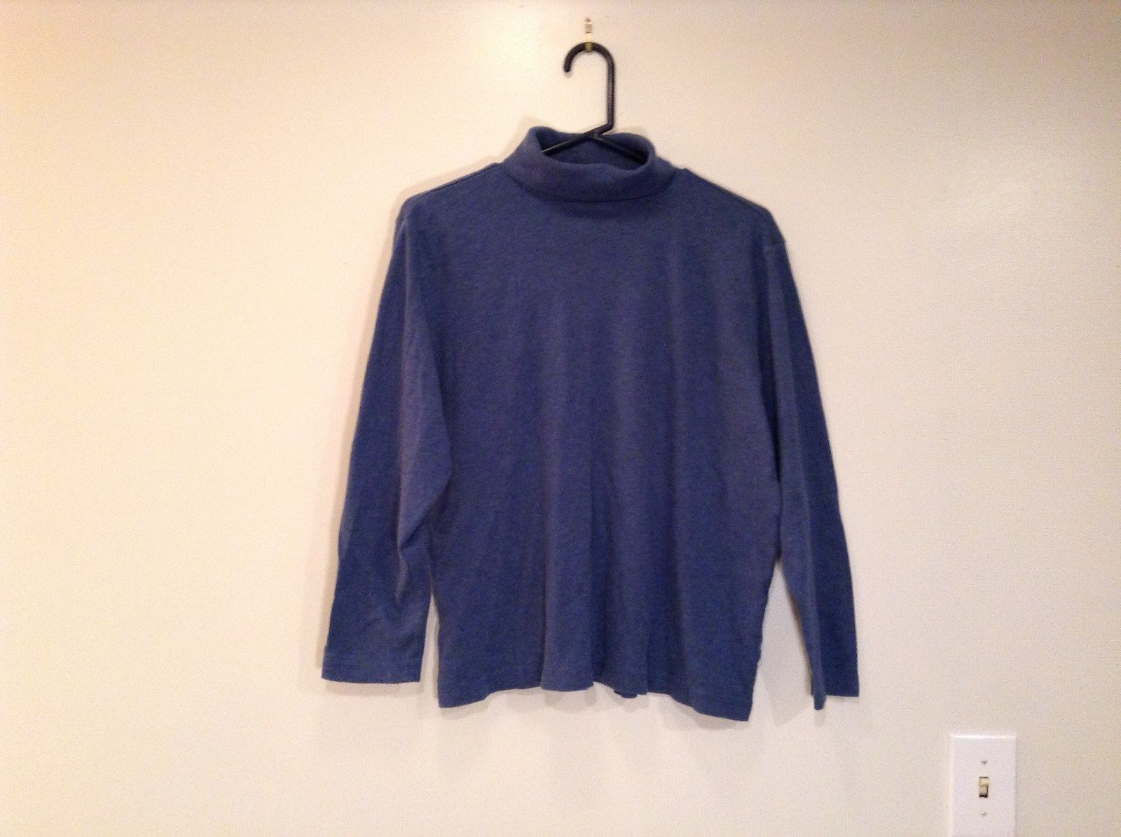Long Sleeve Blue Turtleneck 100 Percent Cotton Top Liz Claiborne Size XL