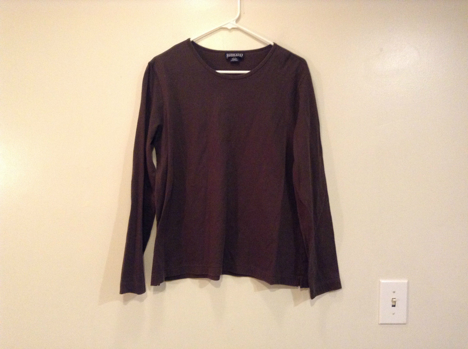 Long Sleeve Dark Brown Scoop Neck Lands End Top Size L 14  to 16 Side Slits