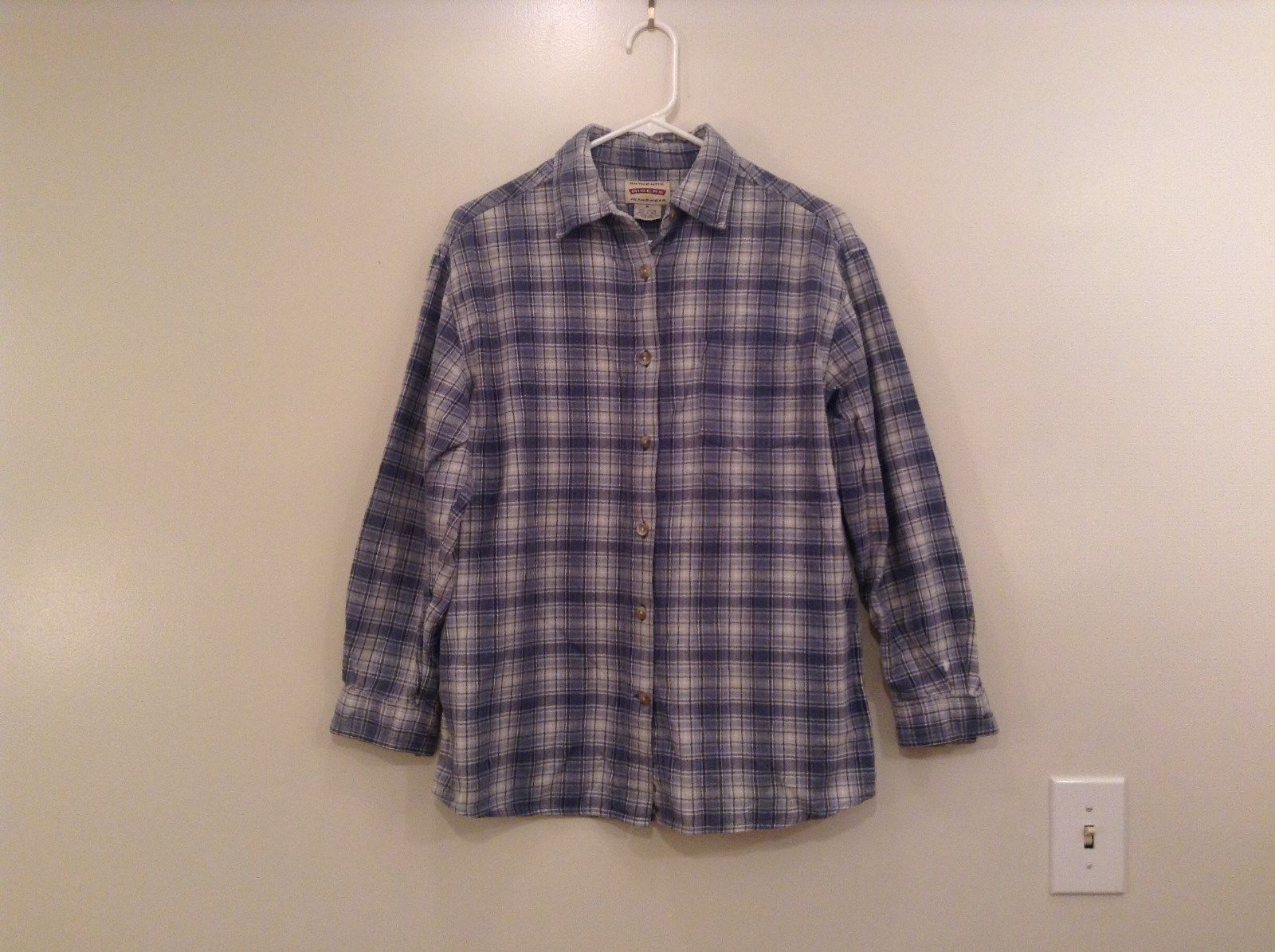 Long Sleeve Button Up Riders Jeanswear Lavender Blue White Plaid Shirt Size M