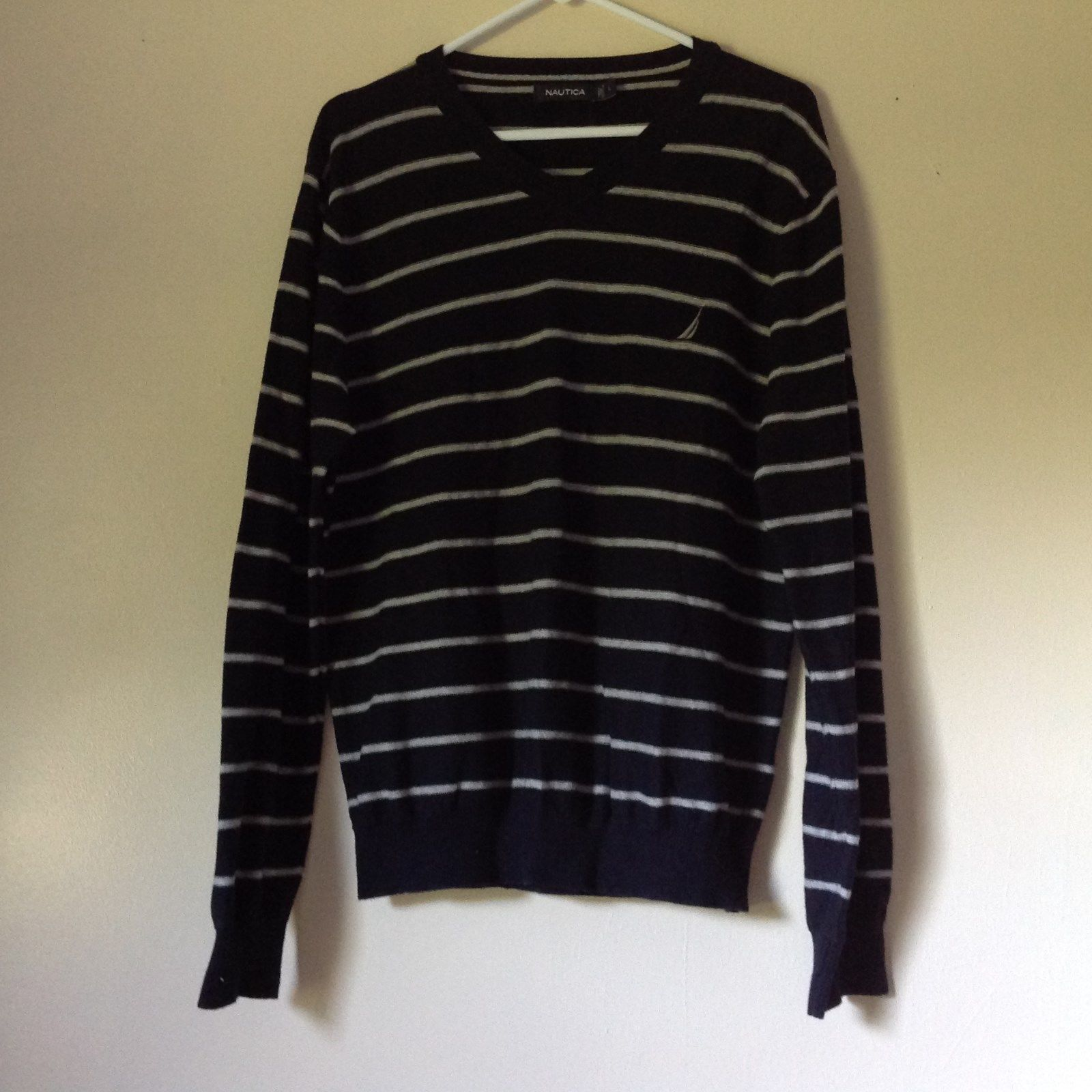 Long Sleeve Nautica Black and White Striped V Neck Sweater Size Large