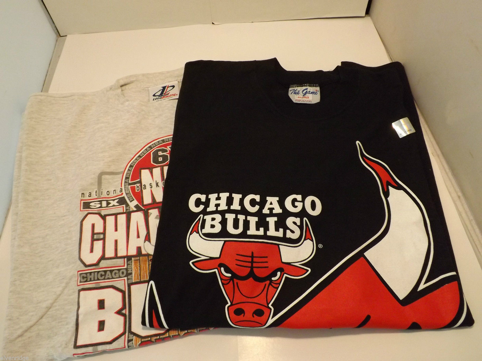 Lot of 2 Chicago Bulls T-Shirts Size XL