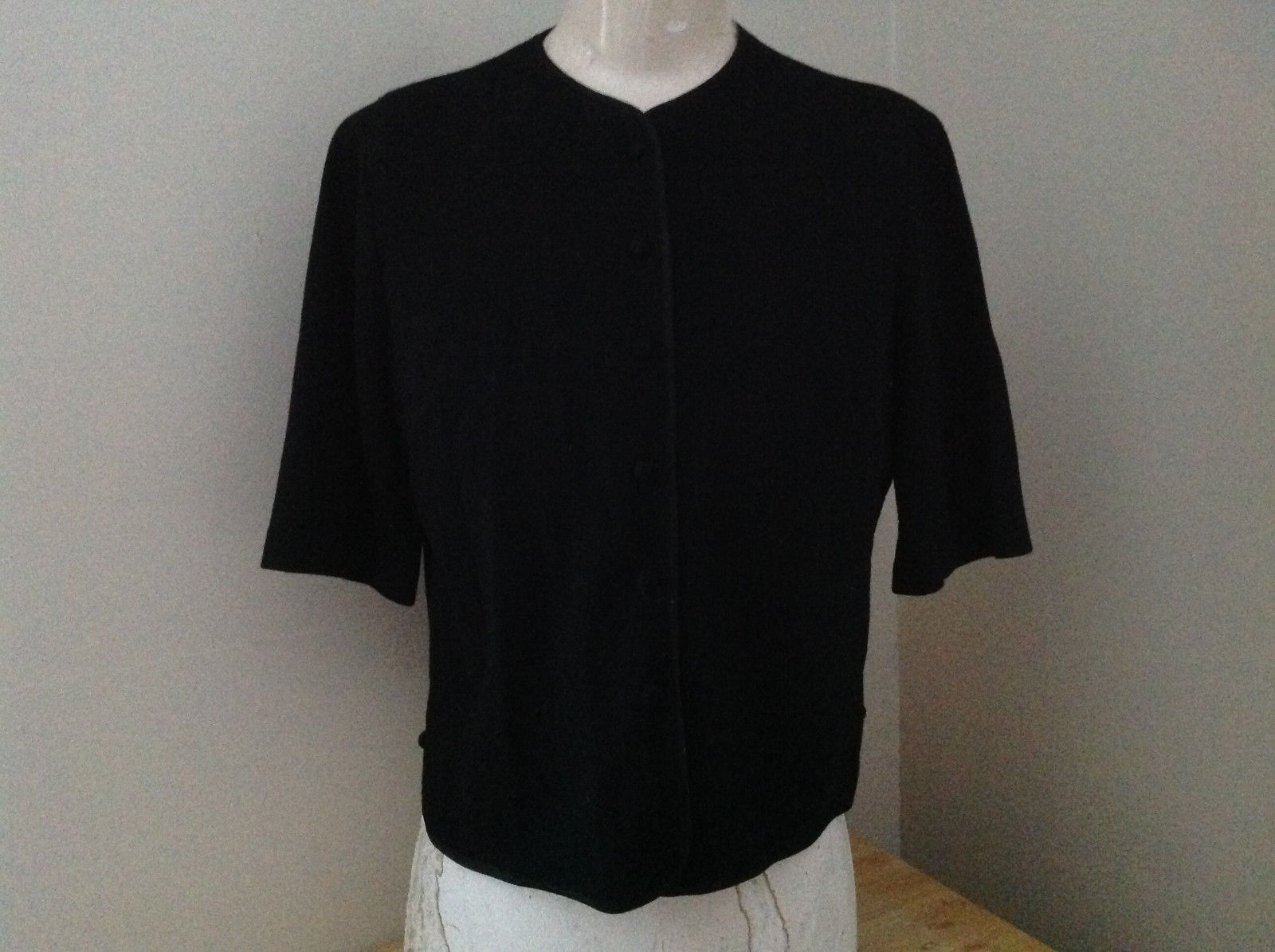 Lord and Taylor Black Short Sleeve Button Up Shirt Size Small