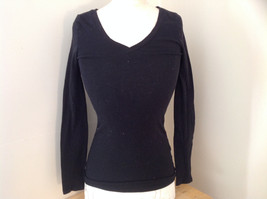 One Step Up Black V Neck Long Sleeve Shirt Made in China Size Medium
