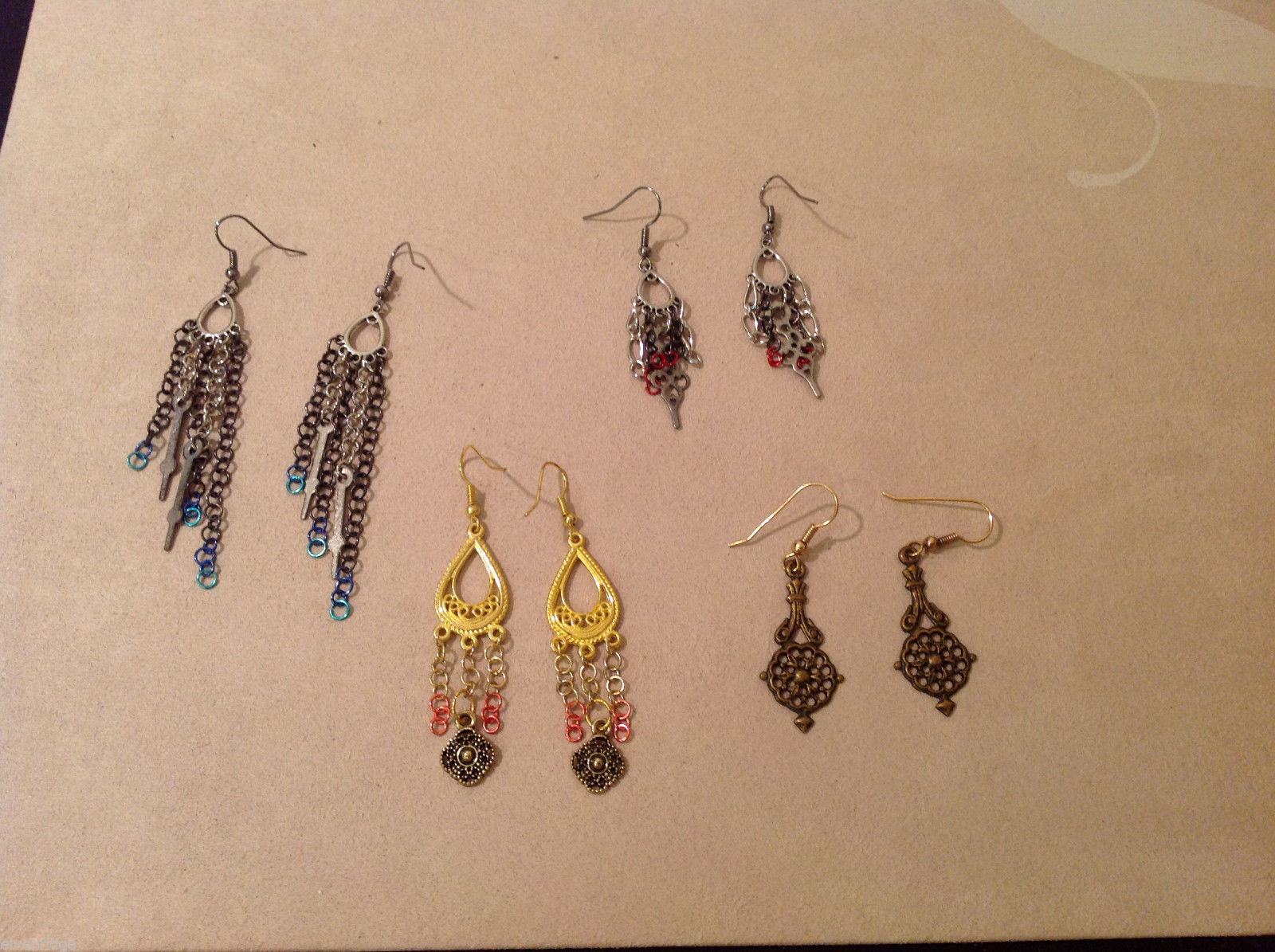Lot of 4 pairs Gold and Silver Tone metal dangling earrings