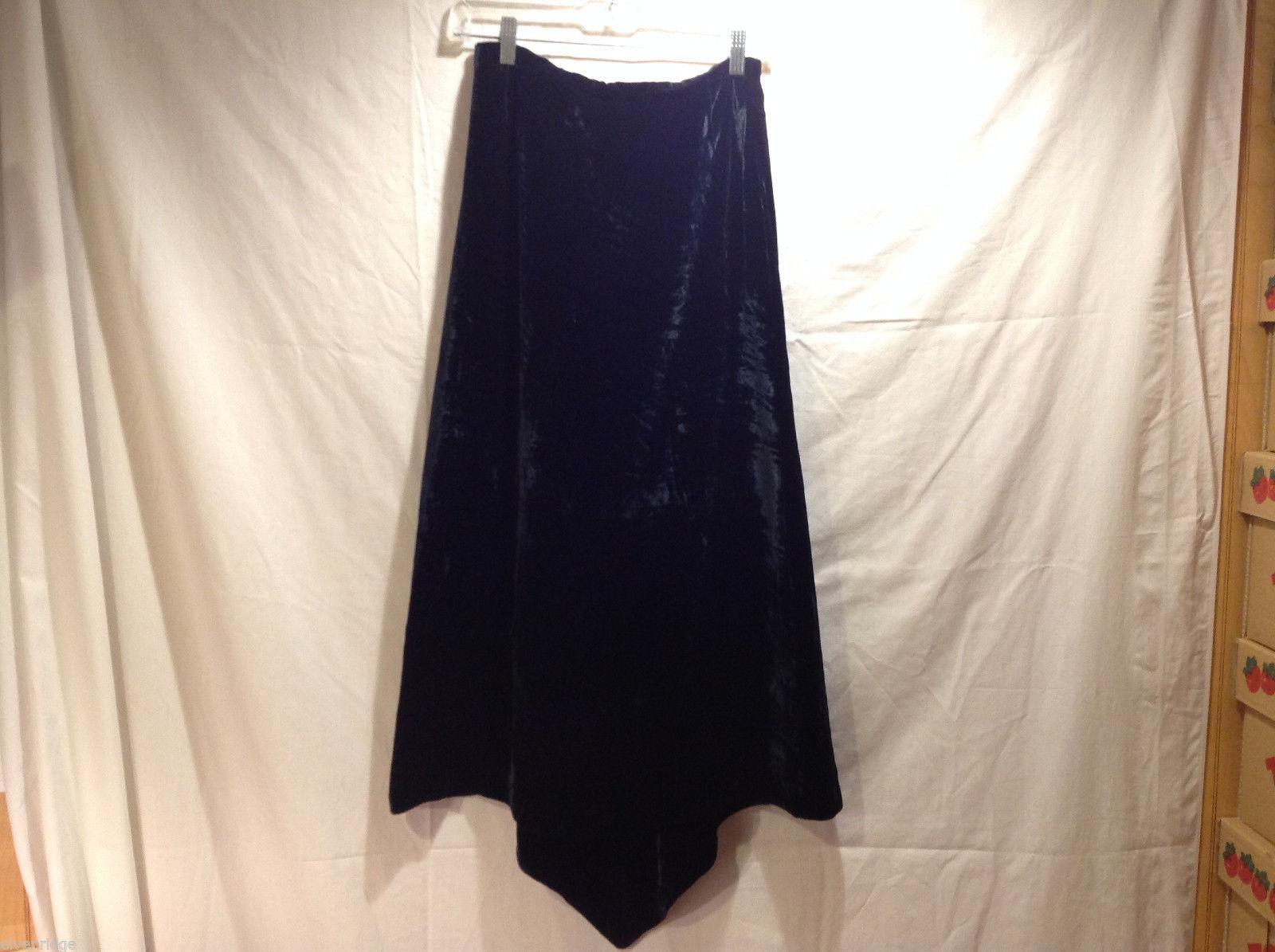 Louise Kennedy Silk Velvety Dressy Black Long Skirt, Size US 8, made in Ireland