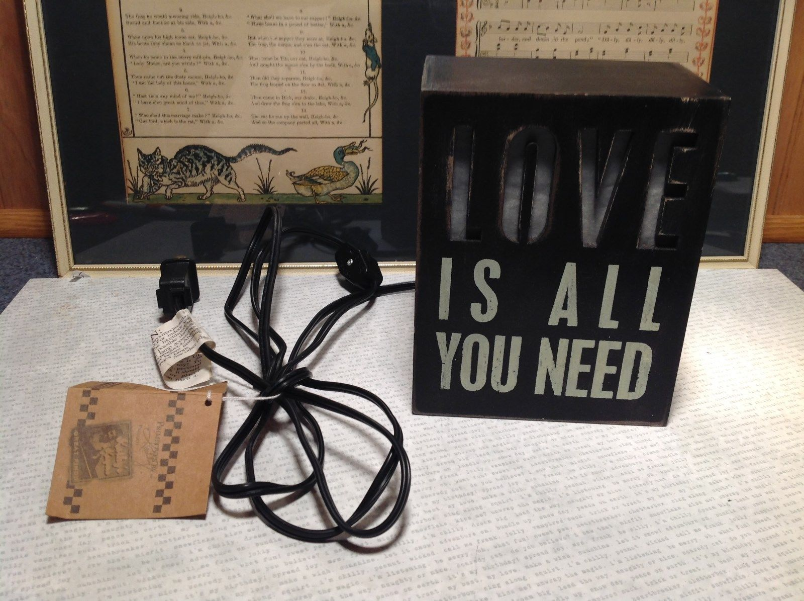 Love Is All You Need Light Box Night Light Black LOVE Lights Up New with Tag