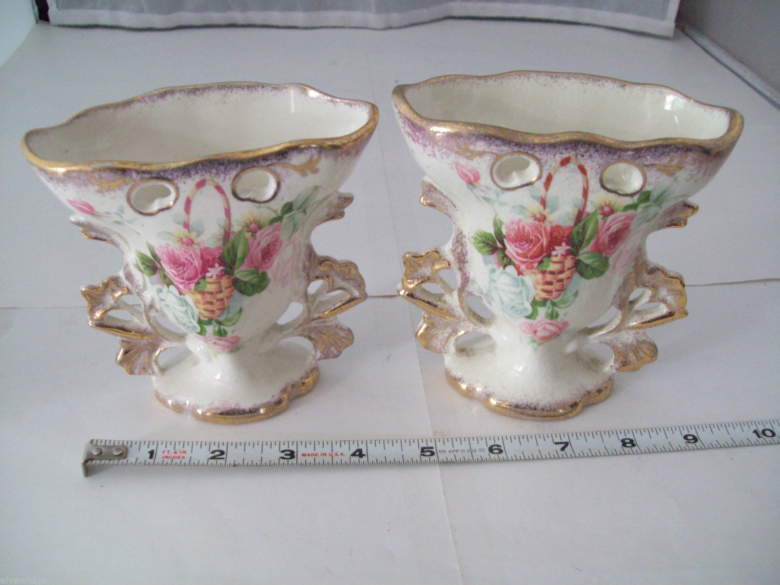 Made in England Miniature Vases in Porcelain with pink and white roses vintage