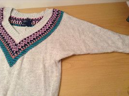 American Eagle Outfitters Gray with Striped Decoration Sweater Size Medium image 7