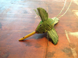 Palm Fiber Hummingbird Brush Eco Fiber Sustainable Made in Philippines