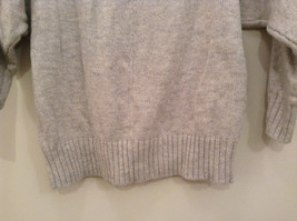 American Eagle Outfitters Gray with Striped Decoration Sweater Size Medium image 6