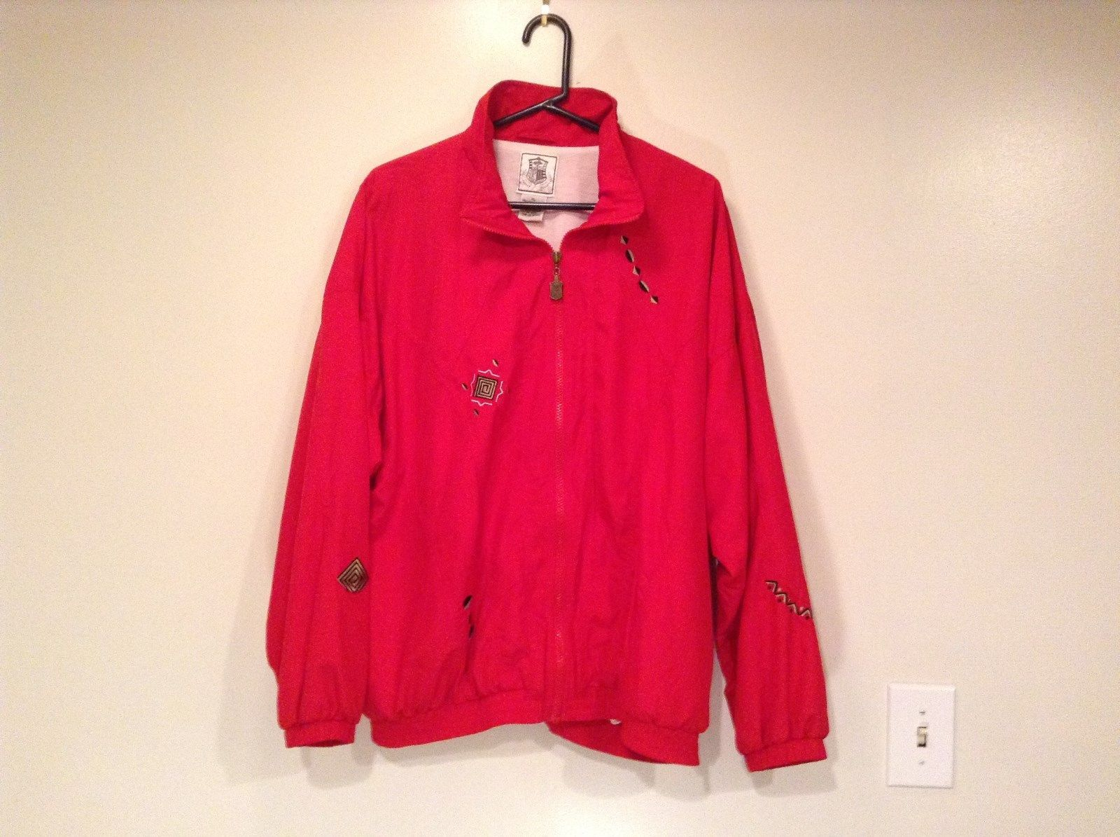 Pebble Beach Red Windbreaker Jacket Fully Lined Elastic Waist Size XL Zipper