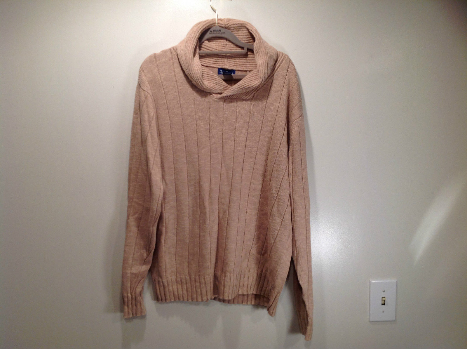 Paul Fredrick Size Medium Big Collar Brown Sweater Excellent Condition