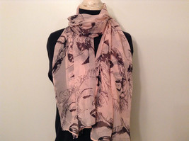 Marilyn Monroe Face Print Light Pink Black Scarf 100 Percent Polyester NEW