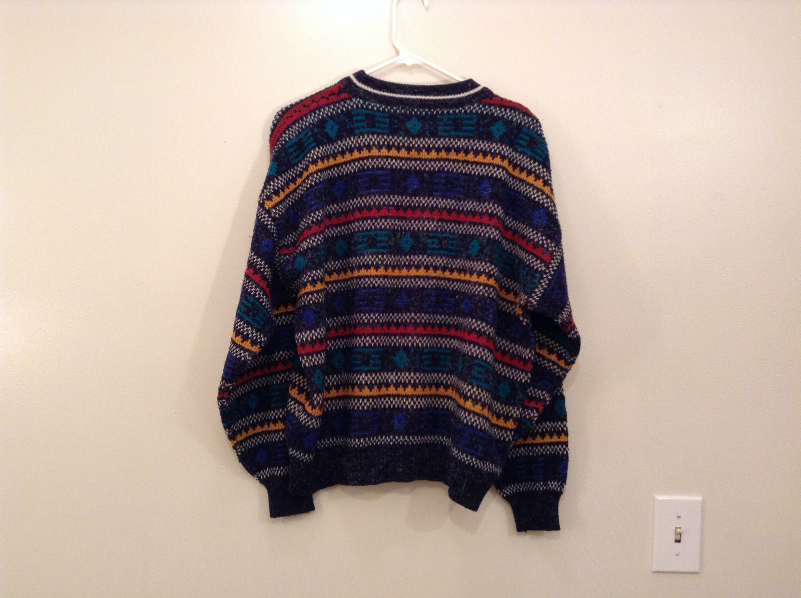 McGregor Size Large Black with Green Yellow Blue Red Geometric Lines Sweater