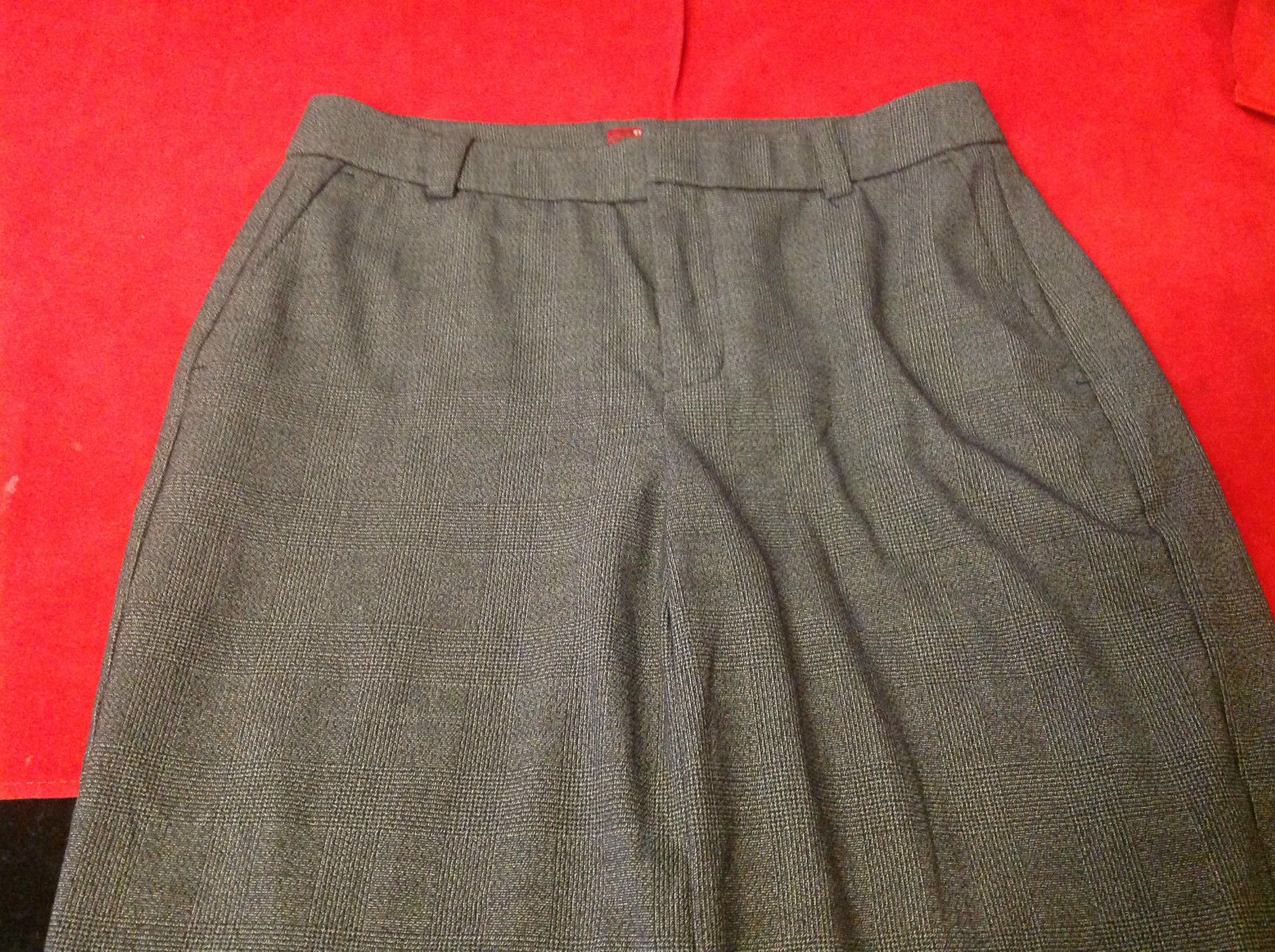 "Merona Dark grey black size 4 womens pants 30""X37"