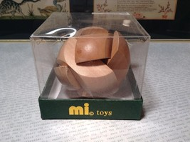 Mi Toys Geo Central Wood Ball Puzzle New in Original Box