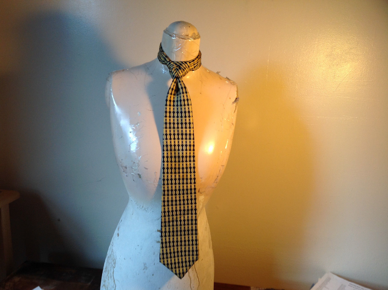 Metropolitan View Yellow Dark Blue Tie Length Approximately 4 Feet 9 Inches