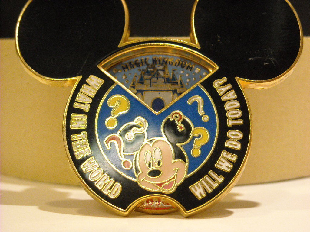 Mickey Spinner Disney Collectible Trader pin.