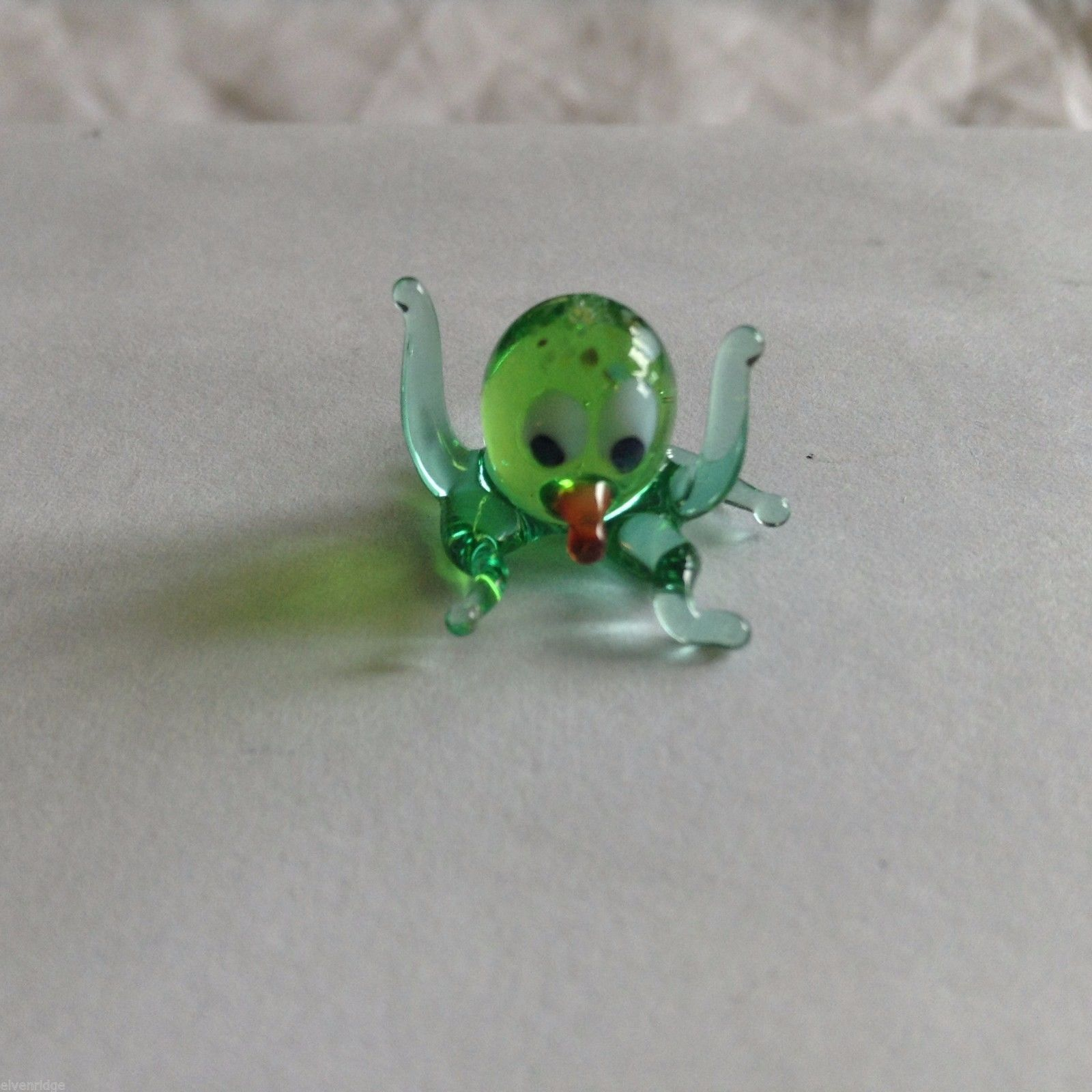 Micro Miniature small hand blown glass green octopus   made USA NIB