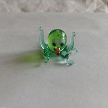 Micro Miniature small hand blown glass green octopus   made USA NIB image 1