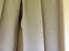 Le Suit Beige Formal Jacket and Pants Suit Shoulder Pads Size 10 image 3