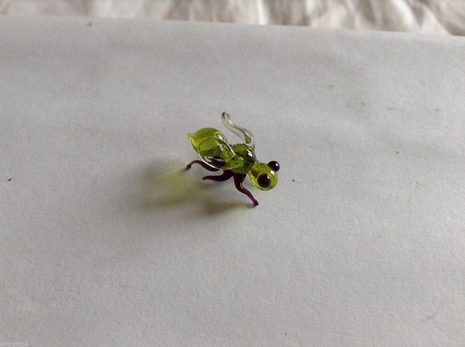 Micro Miniature small hand blown glass made USA green and black fly