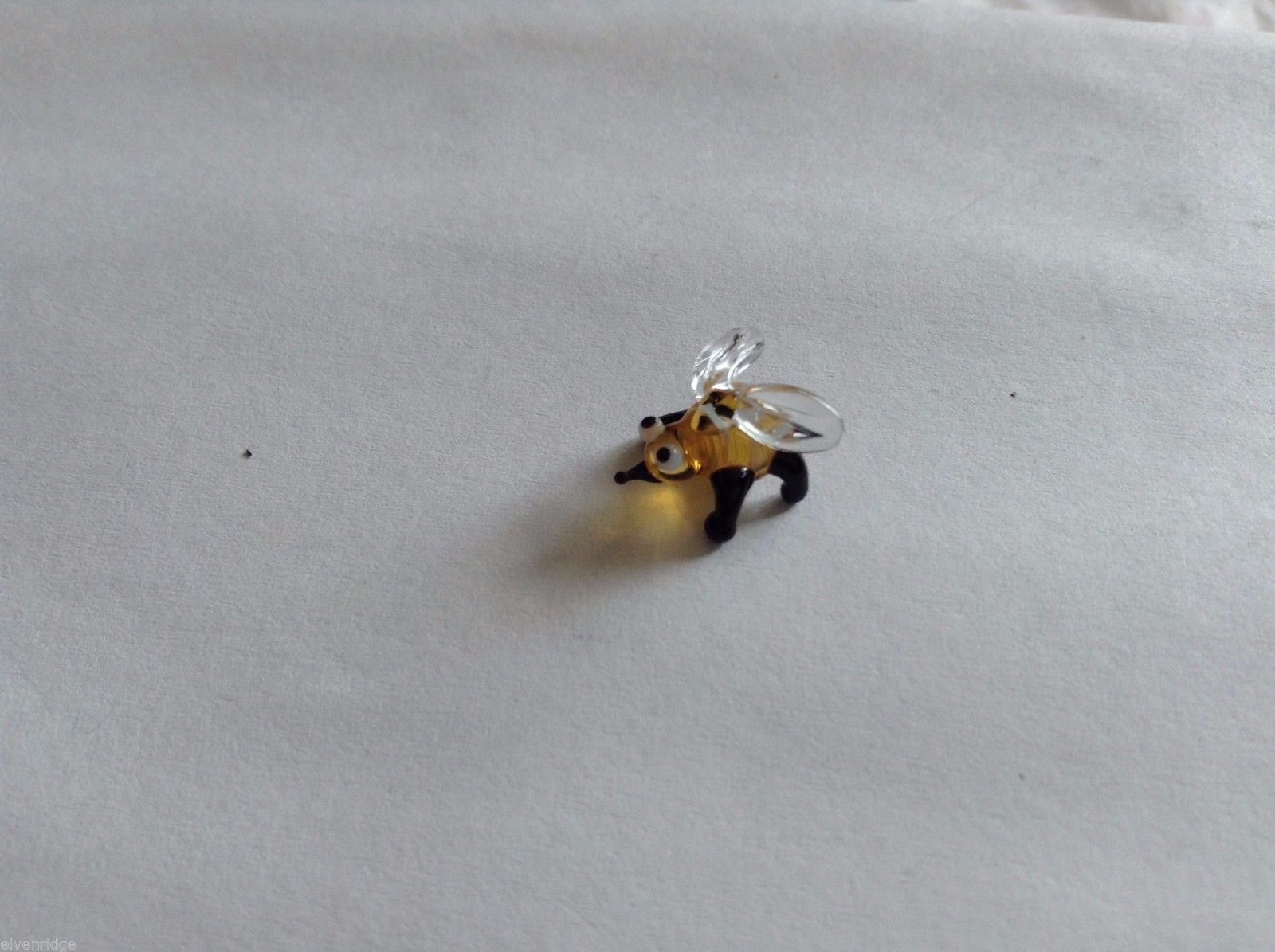 Micro Miniature small hand blown glass made USA tiny honey bee w clear wings