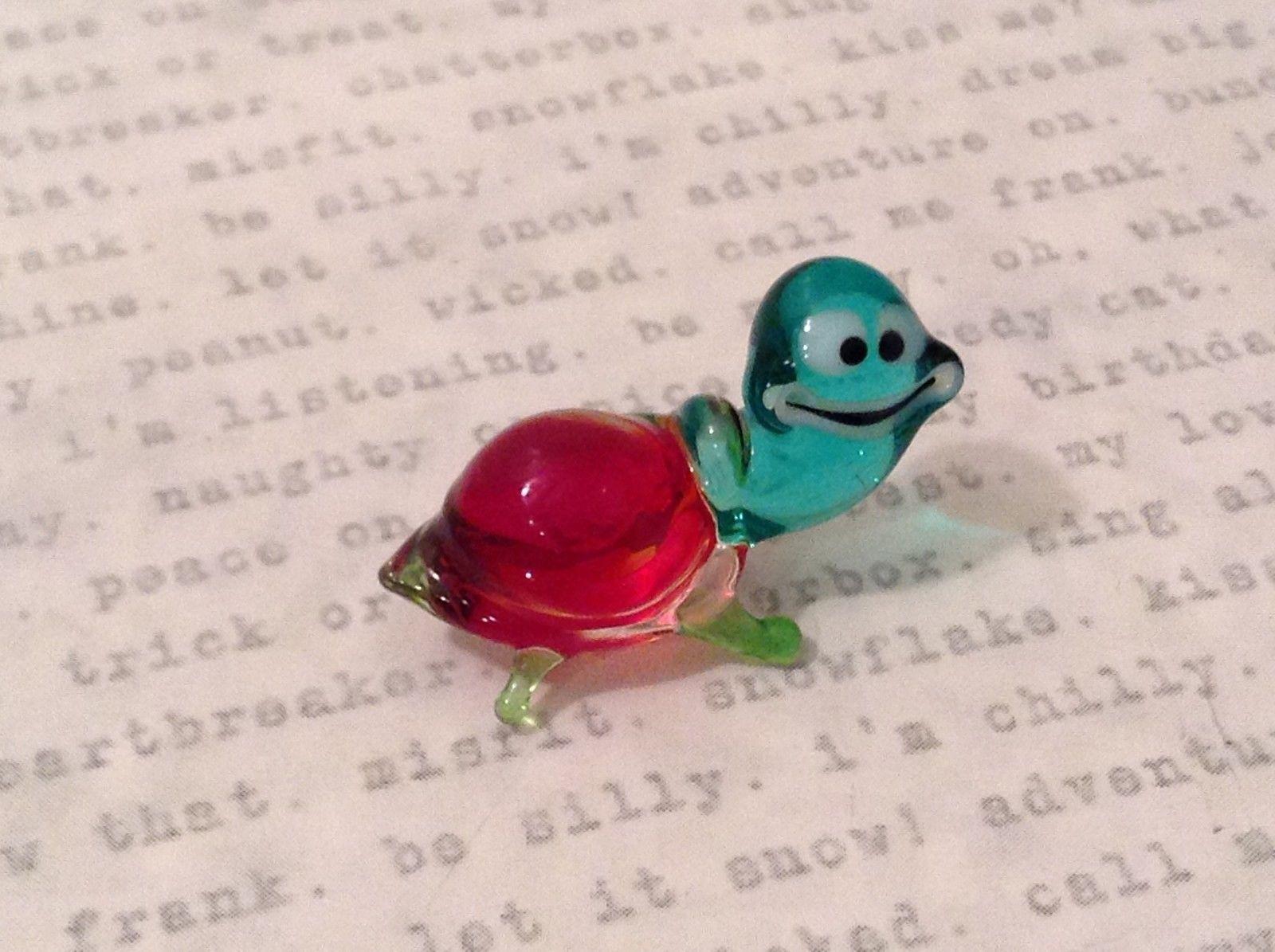 Micro miniature hand blown glass figurine USA blue green w red shell turtle NIB