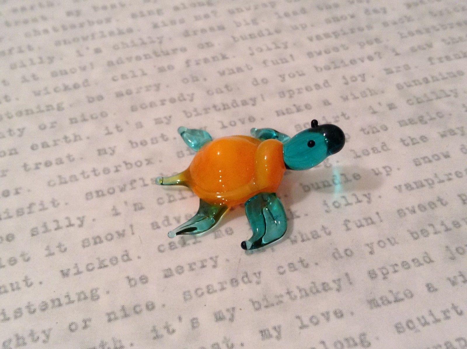 Micro miniature hand blown glass figurine blue turtle with orange shell USA NIB