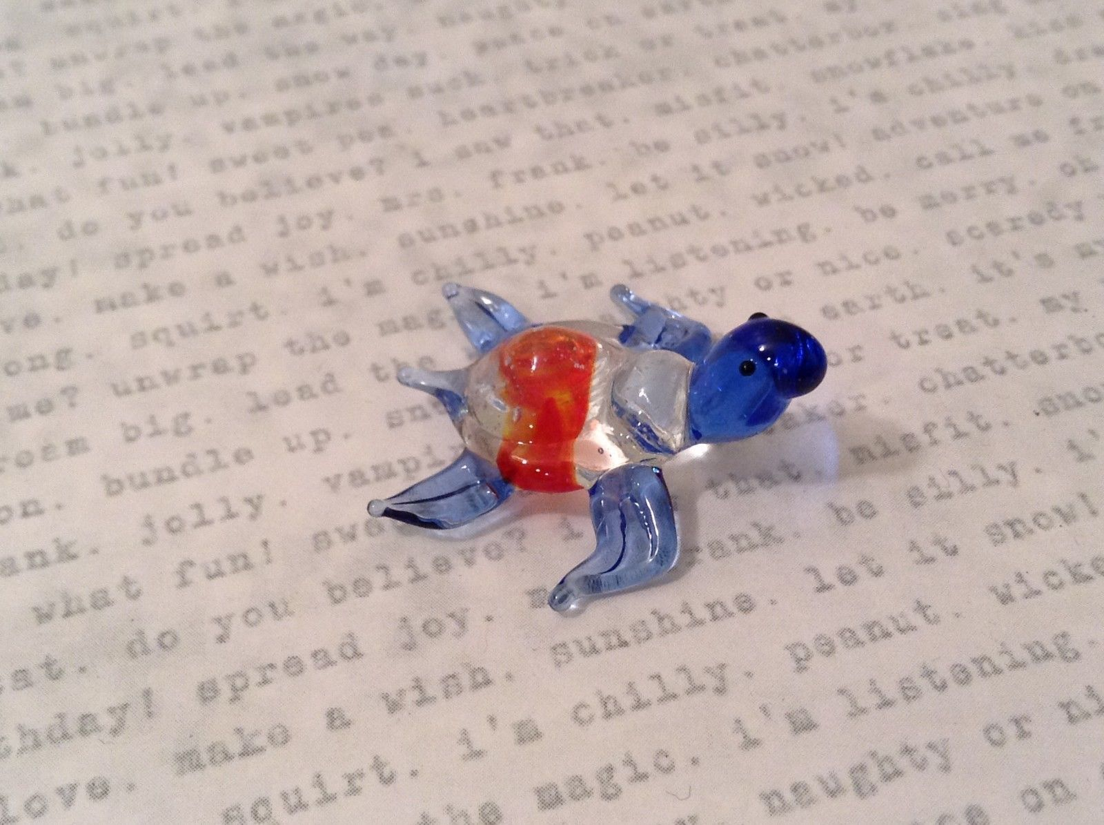 Primary image for Micro miniature hand blown glass figurine clear turtle w color accents USA NIB