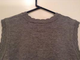 National Gray Vest Leaf Pattern Stripes Knitted V Neck Size 2X Button Closure image 6