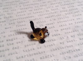 Micro miniature small hand blown glass figurine black and yellow cat USA  NIB