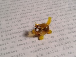 Micro miniature small hand blown glass figurine amber yellow cat USA  NIB