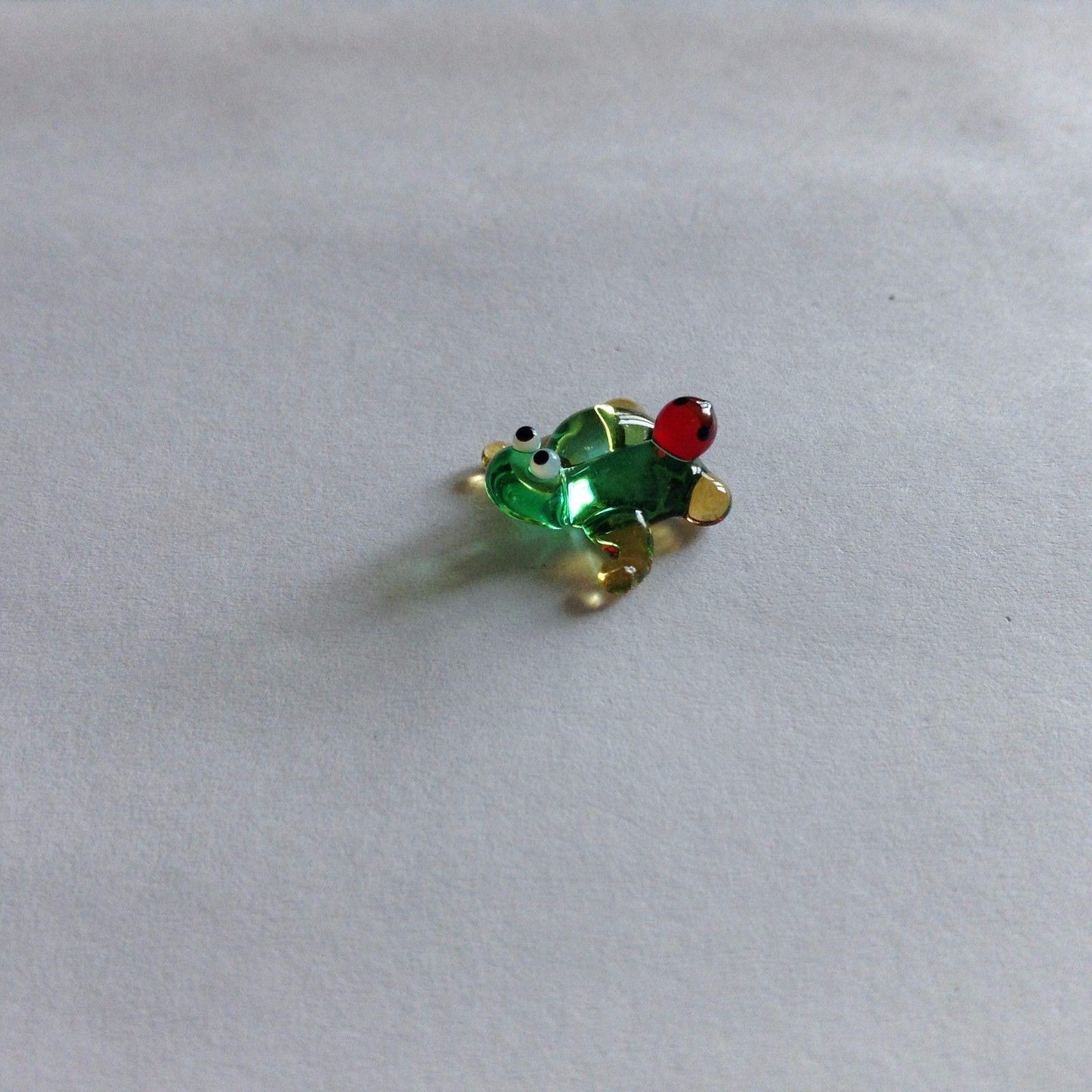 Micro miniature small hand blown glass figurine green frog w ladybug USA  NIB