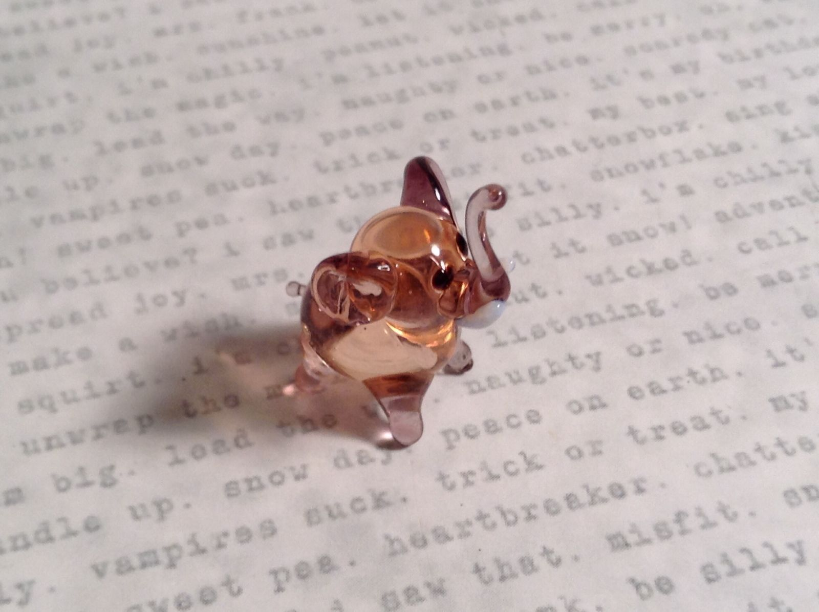 Micro miniature small hand blown glass figurine light pink elephant USA  NIB