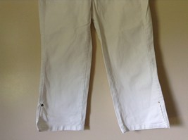 Lee Riveted Ultimate 5 White Capri Pants Size 8M image 3
