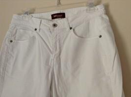 Lee Riveted Ultimate 5 White Capri Pants Size 8M image 4