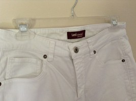 Lee Riveted Ultimate 5 White Capri Pants Size 8M image 5